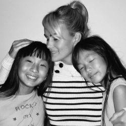 Laeticia Hallyday, Jade et Joy