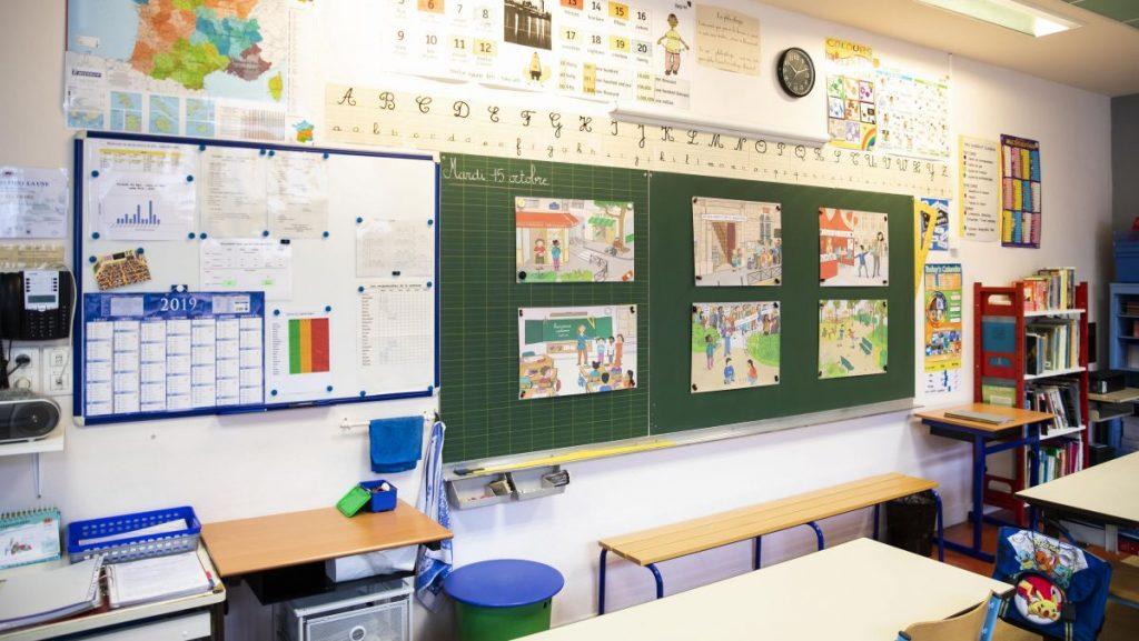 Les écoles primaires ouvrent le 11 mai 2020