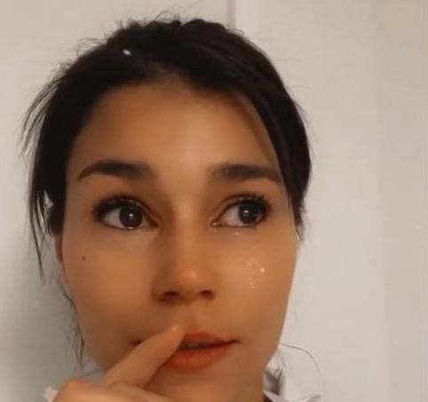 Inès Koh Lanta en larmes