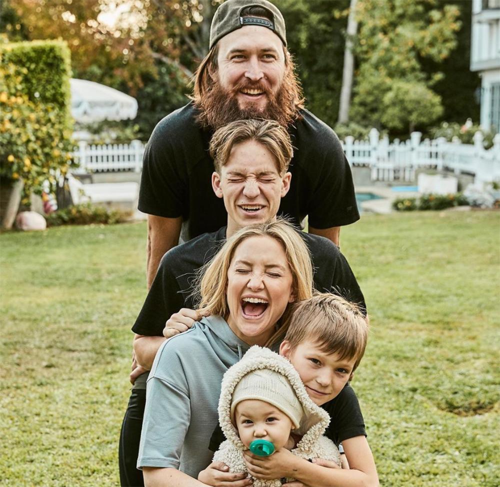 Kate Hudson est confinée avec son compagnon et ses enfants