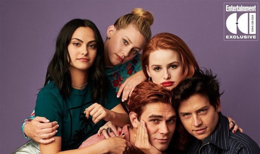 Tout le casting de Riverdale : Lili Reinhart, Cole Sprouse Camila Mendes...
