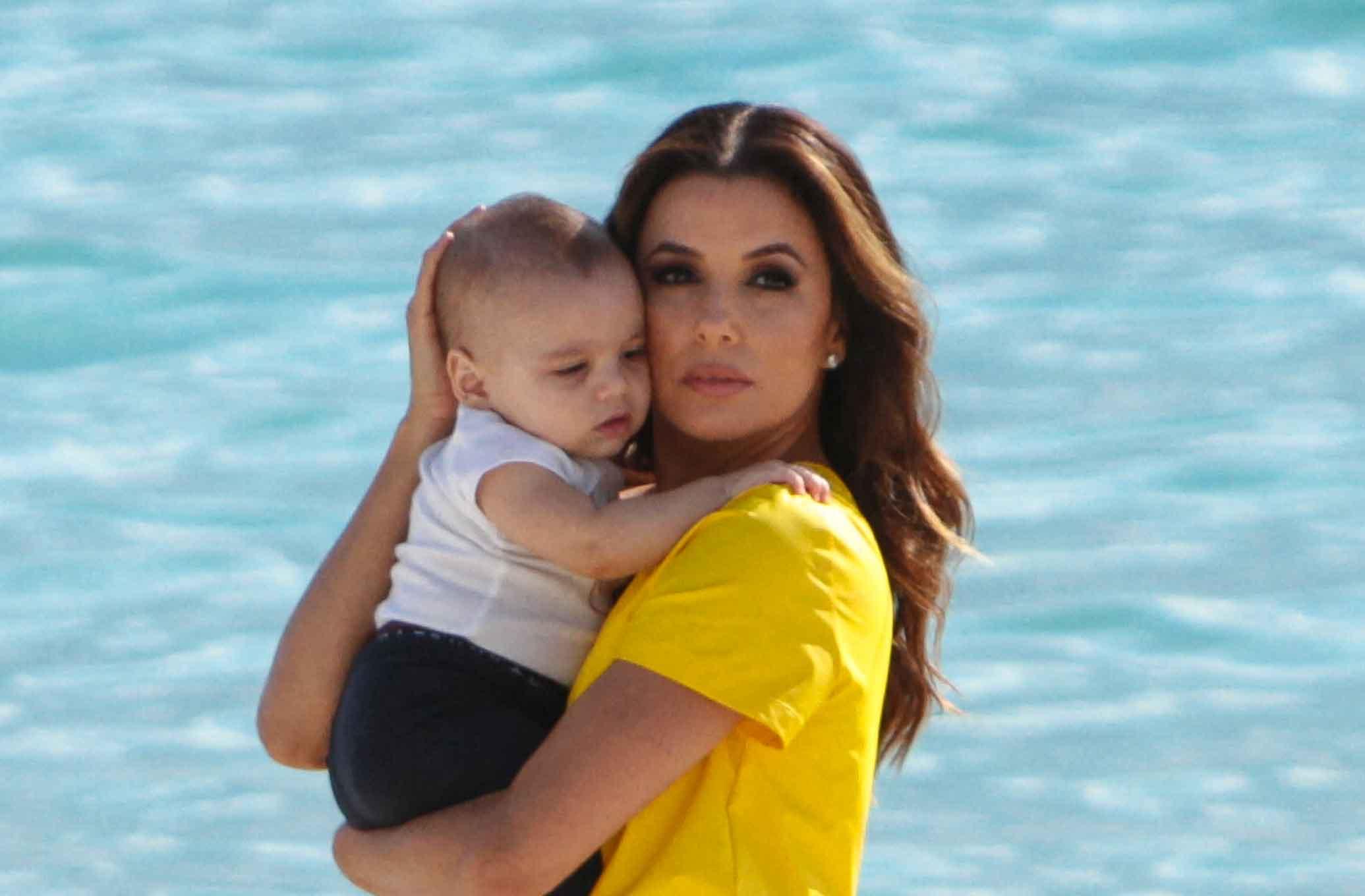 Eva Longoria et son fils
