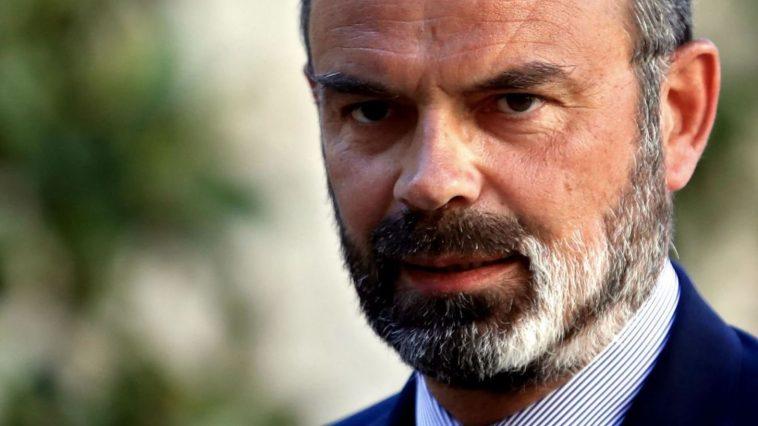 Edouard Philippe aurait la barbe blanche en raison d'un vitiligo