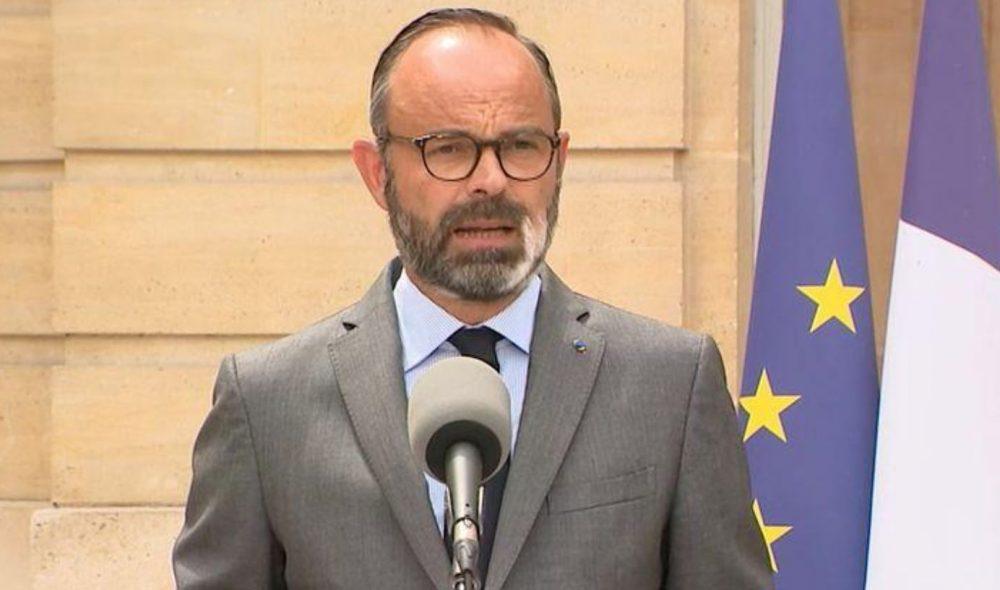Edouard Philippe invite les français à réserver leurs vacances