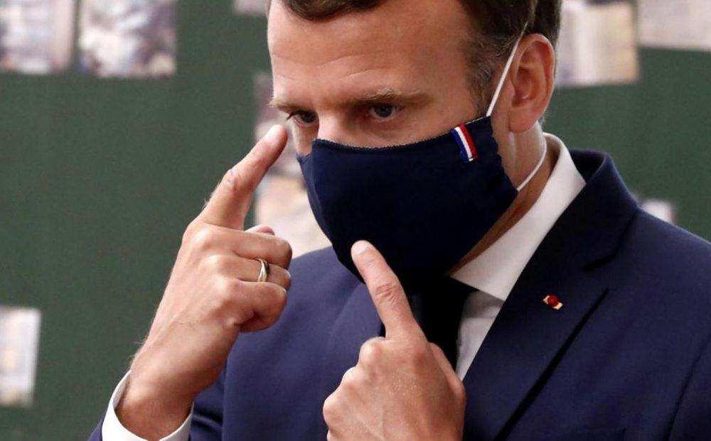 Emmanuel Macron dit vouloir aider les familles modestes à partir en France
