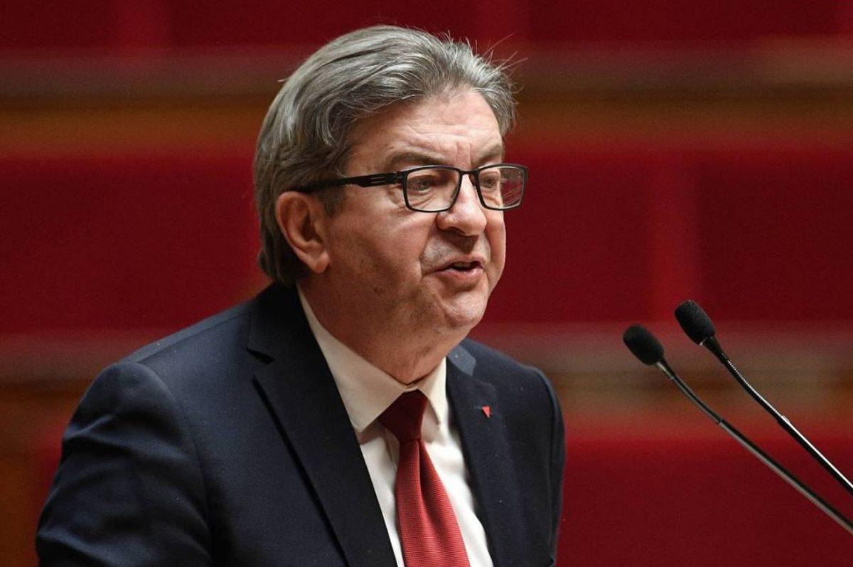 Jean-Luc Mélenchon critique le discours d'Edouard Philippe