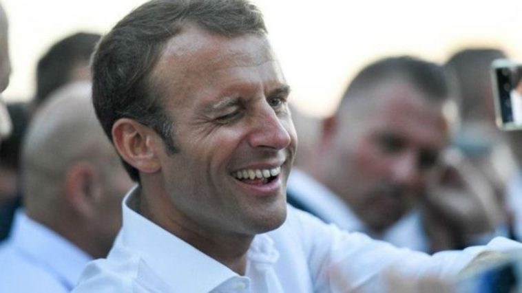 On connaît le secret du bronzage d'Emmanuel Macron !
