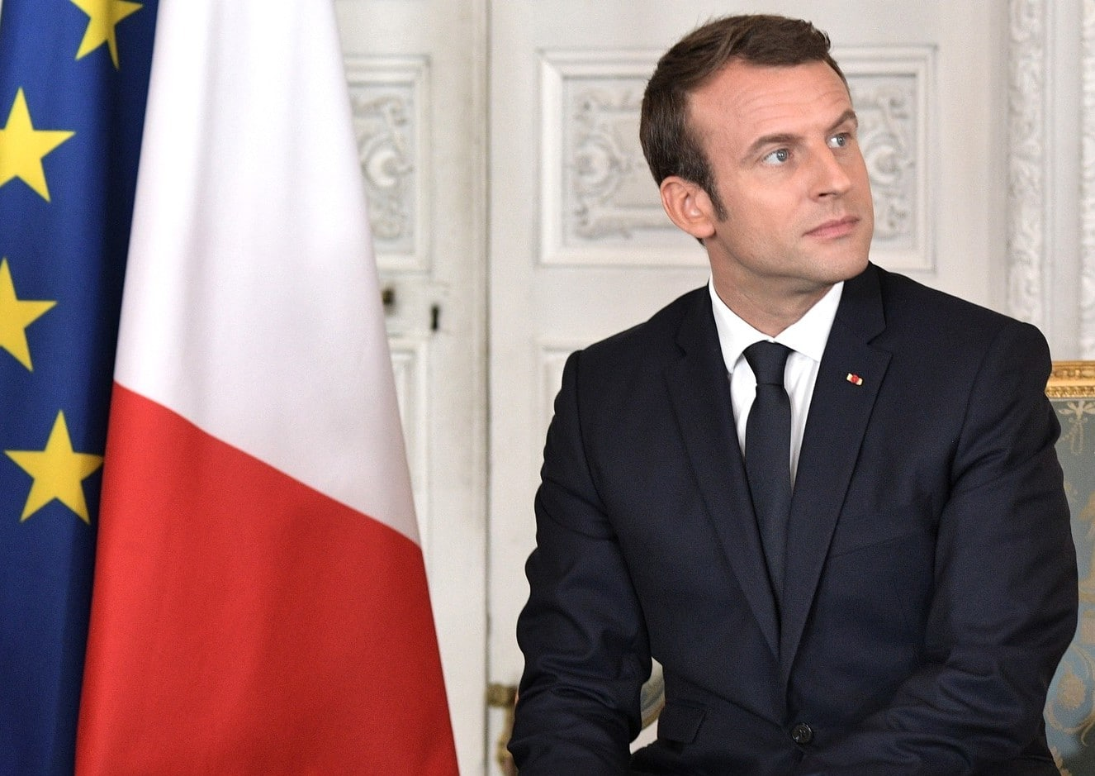 Emmanuel Macron autorise l'enseignement de la langue arabe dans les écoles