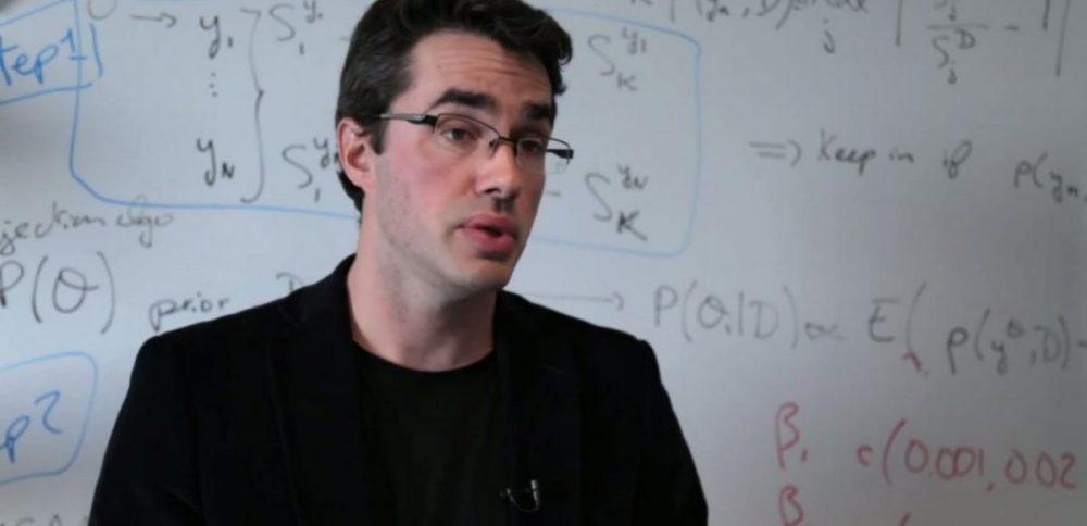 Simon Cauchemez étudie la modélisation mathématique du virus