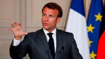Vacances d'été à 100km, que va faire Emmanuel Macron ?