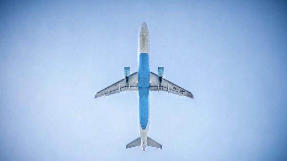 Vacances d'été et avion