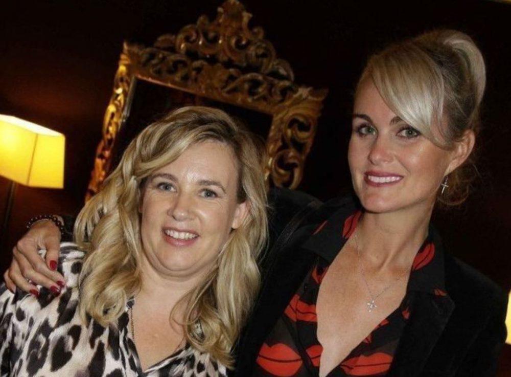 Laeticia Hallyday a créé une association avec sa meilleure amie Hélène Darroze