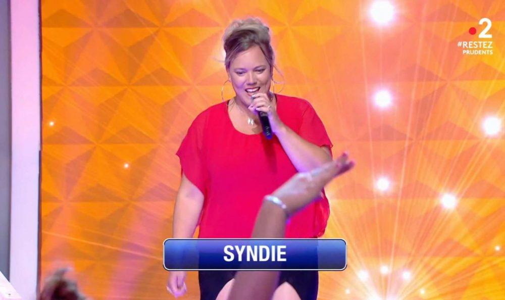 N'oubliez pas les paroles : Syndie est la nouvelle maestro