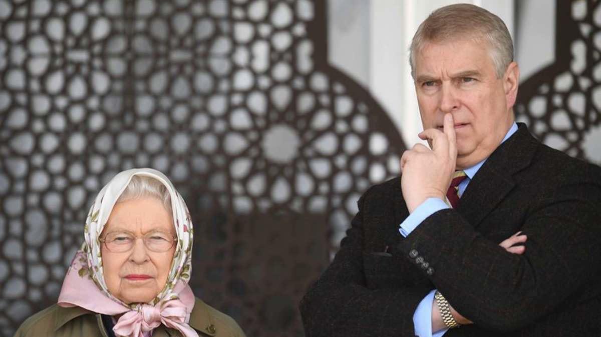 Andrew et Elizabeth II