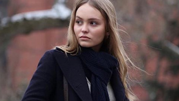 Lily-Rose Depp en couple ? La fille de Vanessa Paradis embrasse Eileen Kelly !