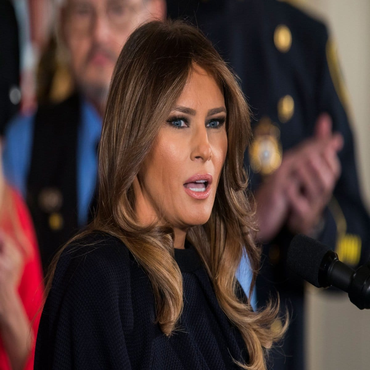Scandale à la Maison Blanche : Melania Trump a volontairement fait arracher les plantes de Jackie Kennedy !