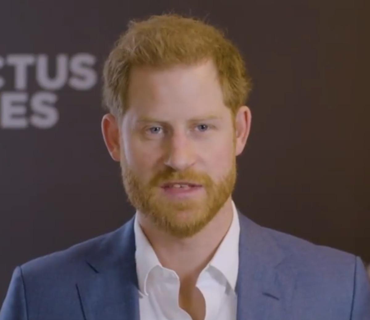 """Prince Harry : la raison pour laquelle il a """"puni"""" un de ses amis d'enfance"""