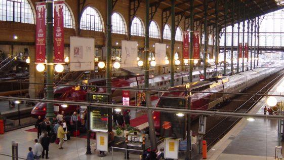 Vacances d'été: le Royaume-Uni impose la quarantaine aux voyageurs de France !