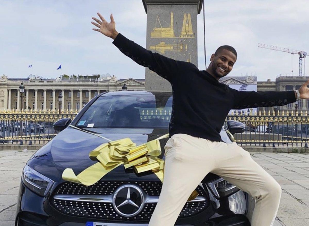 Yomi Denzel : Il organise le plus gros concours jamais fait sur Instagram !  Une Mercedes à gagner !