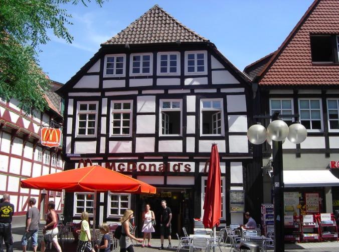 Un restaurant McDonald's original en Allemagne !
