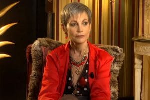 Isabelle Morini-Bosc : La chroniqueuse de Cyril Hanouna ne lui a pas envoyé d'invitation pour le mariage de son fils, elle en donne les raisons !