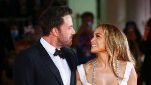 Jennifer Lopez et Ben Affleck : Le couple glamour est pris en photo à la Mostra de Venise… C'est beau l'amour !