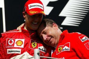 """Michael Schumacher : Un proche du pilote fait des révélations sur son état de santé… """"Lentement mais sûrement, il s'en remet"""" !"""