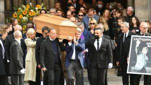 Bernard Tapie accompagné dans sa dernière demeure : Découvrez ces grands noms qui ont porté le cercueil de l'homme d'affaires !