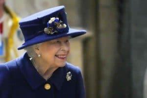 Elizabeth II : Après l'hospitalisation de la reine, Buckingham Palace donne de ses nouvelles !